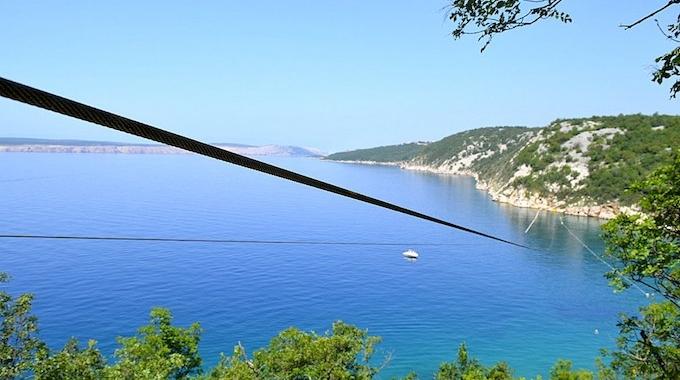 Eerste Europese tokkelbaan over zee in Kroatië
